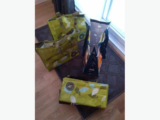METRO, SUPER C  LCBO BOTTLE GROCERY  HEAVY DUTY CARRY OUT PVC BAGS