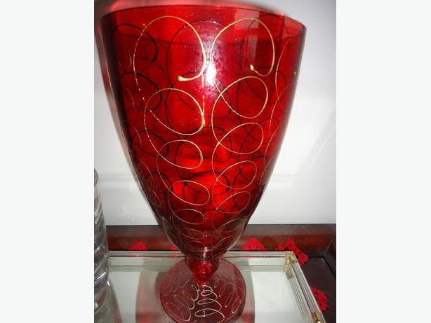 Red Glass Stemmed Vase with Gold Swirls
