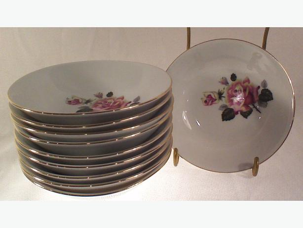 East German china dessert bowls