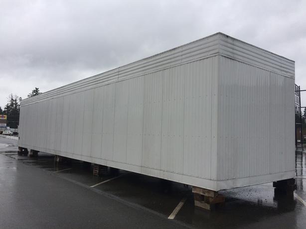 Storage building 12x60