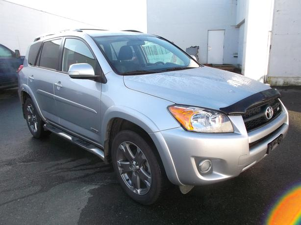 2011 toyota rav4 sport awd for sale outside nanaimo parksville qualicum beach. Black Bedroom Furniture Sets. Home Design Ideas