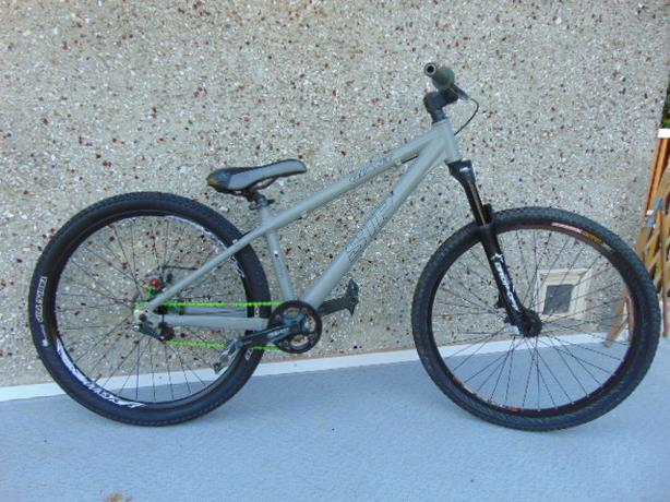 Giant Stp 1 Dirt Jump Street Bike 26 34 Wheels Tig Welded