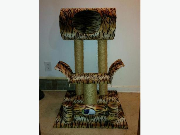 custom cat posts and trees