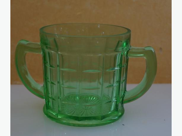 4u2c VASELINE GLASS GREEN HAZEL ATLAS SUGAR BOWL DINING WARE
