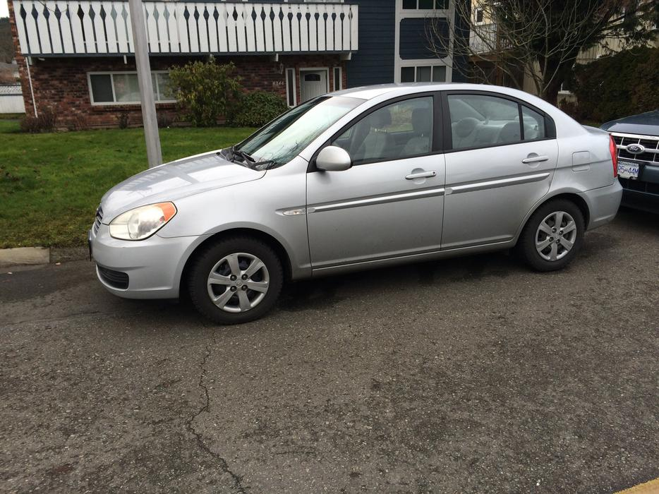 new price 2007 hyundai accent sedan saanich victoria. Black Bedroom Furniture Sets. Home Design Ideas