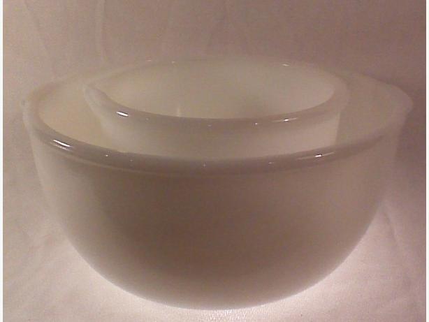 Glasbake Sunbeam mixer bowls