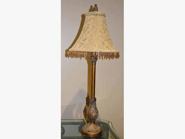 really nice table lamp in great condition
