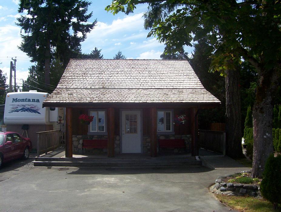 Avorado Resort Vancouver Island