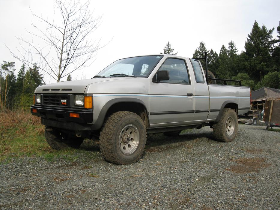 1987 Nissan King Cab Xe 4x4 Low Kms Original Paint Great Pu Malahat Including Shawnigan Lake