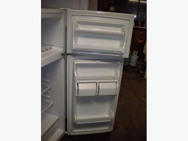 Immaculate 12 cu ft white GE apartment size refrigerator Victoria ...