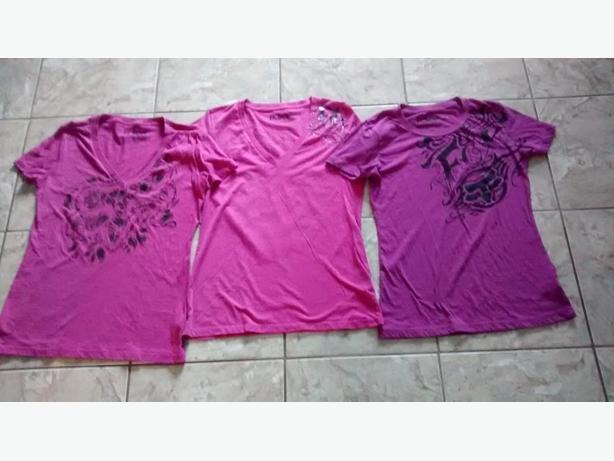 Ladies FOX T-Shirts - Size Medium