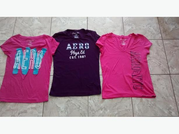 Ladies Aeropostale T-Shirts - Size Large