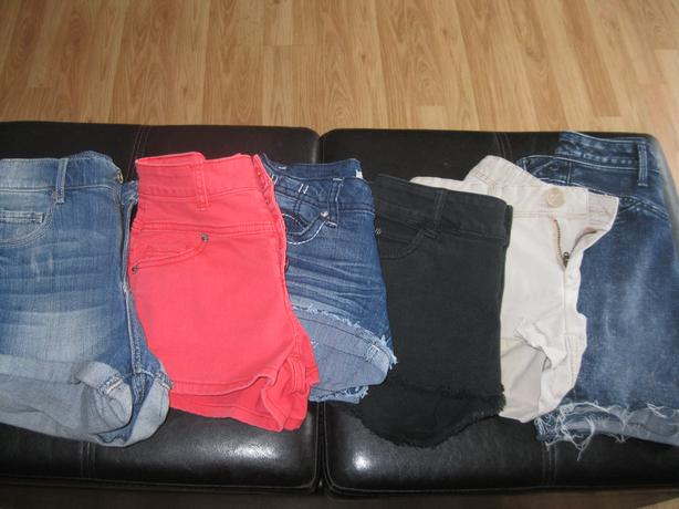 6 pairs of Girls Shorts - size - as listed...