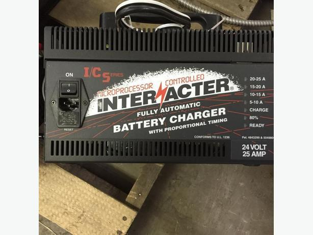 Interacter: 24 volt 25 AMP - SCR Battery Charger (Industrial)