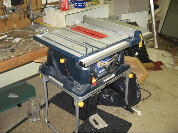 Mastercraft 10 inch Table Saw With Dust Bag