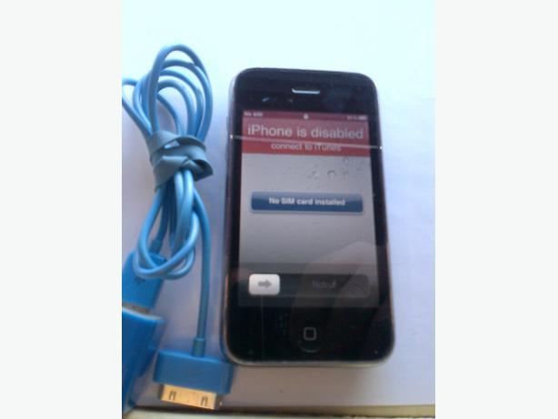 UNLOCKED BLACK APPLE I PHONE SMART PHONE-3GS-8GB-