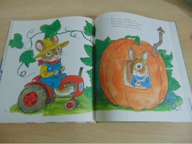 Richard Scarry Best Mother Goose Ever Large Vintage Book 1979