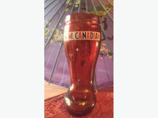 """NEW """"I AM CANADIAN"""" 32 oz Red Boot Beer Stein Mug"""