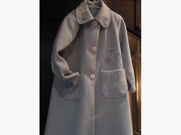 Girls beautiful Spring coat