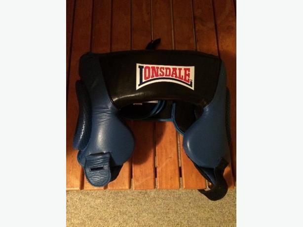 Lonsdale Boxing Headgear