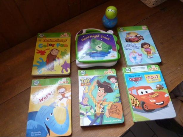 LeapFrog - LeapReader Tag Junior and 6 books  English Edition