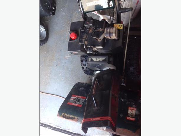 Craftsman 11 HP 30 inch wide needs repairs