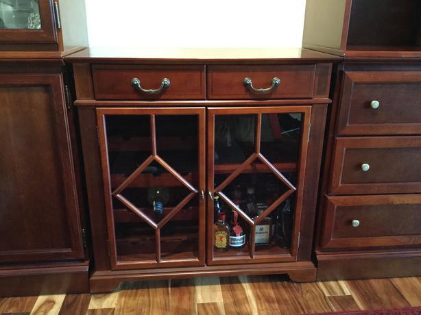 Beautiful Solid Wood Bombay & Co Wine/Liquor cabinet Saanich ...