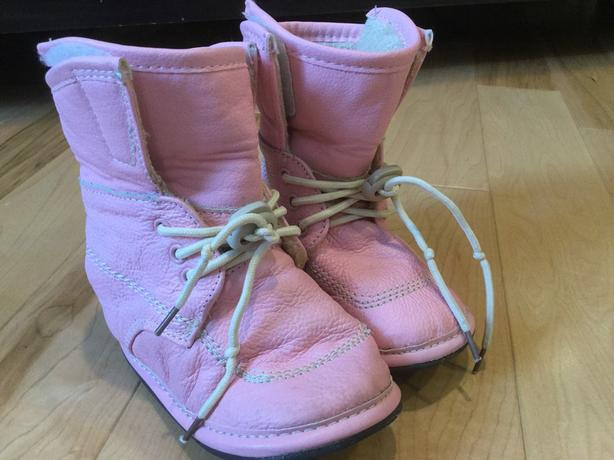 Jack & Lily pink soft leather boots with velcro & laces & faux fur lining