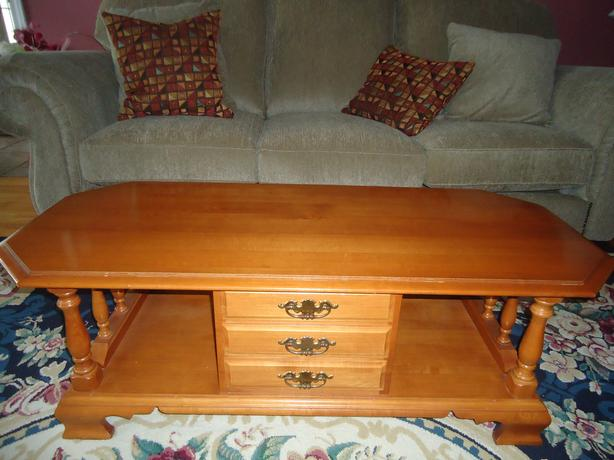 Colonial Solid Roxton Coffee Table