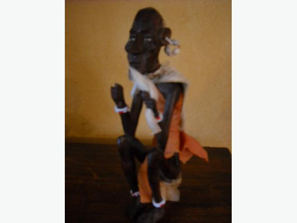 4U2C BEADED AND DRESSED AFRICAN WOOD CARVED MAN