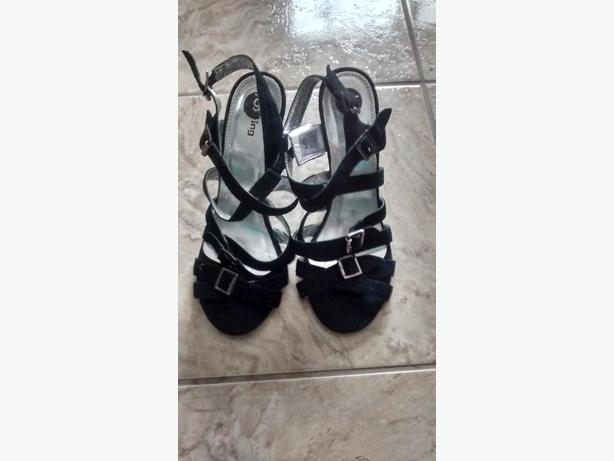 Brand New - Ladies Beautiful Shoes from SPRING - Size 9