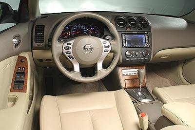 2010 Senior Driven Nissan Altima Sl Orleans Ottawa Mobile
