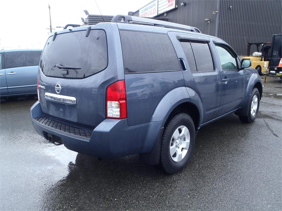 2008 nissan pathfinder s 4wd 3rd row seating outside comox valley comox valley mobile. Black Bedroom Furniture Sets. Home Design Ideas