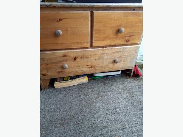 wood funritures 2 s drawers