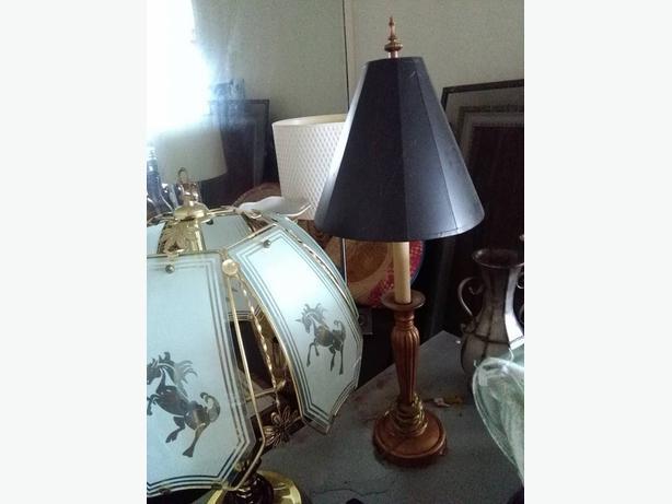gold lamp   n black lamp