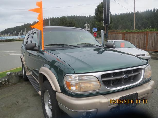 2000 eddie bauer ford explorer outside comox valley comox. Black Bedroom Furniture Sets. Home Design Ideas