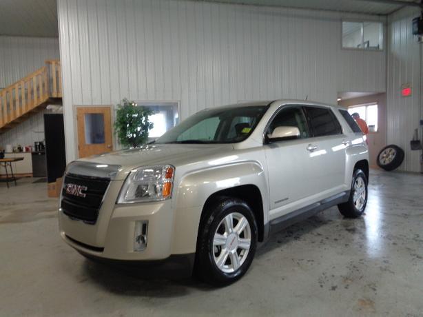 2014 GMC Terrain SLE #3381 Indoor Auto Sales Winnipeg