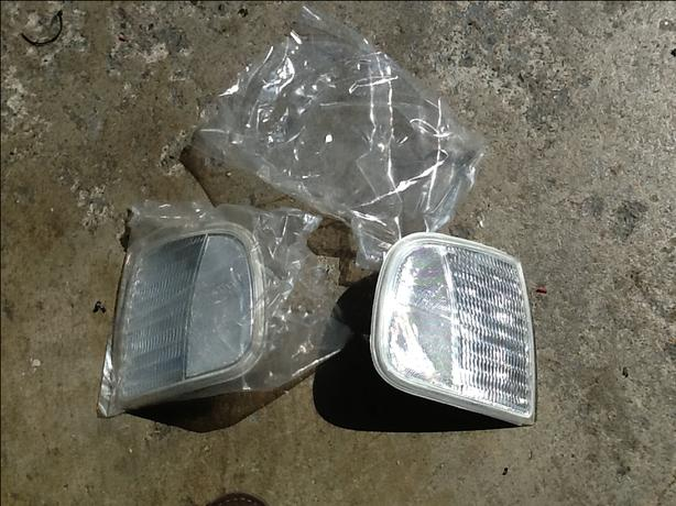 97-up F-150 / Bronco Clear corner lights