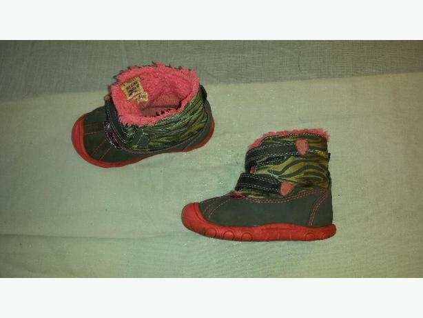 Boots girls size 4