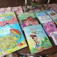 Collection of 16 well written, educational French Picture books