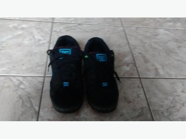 Ladies DC Sneakers - Size 10