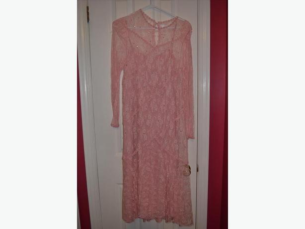 Size 14 Pink Lace Formal Dress