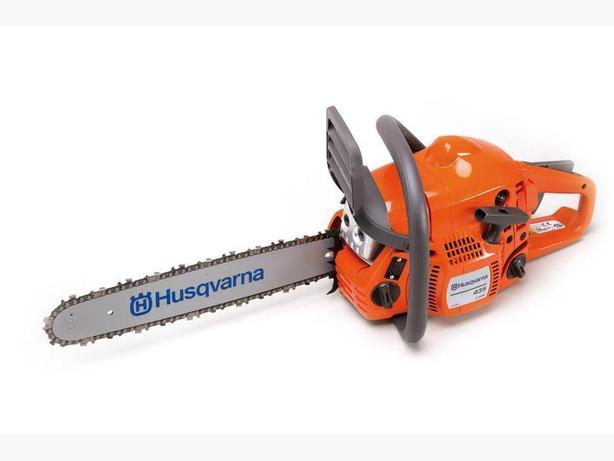 DSR IN STORE SPECIAL!! Husqvarna 435 Chain Saw