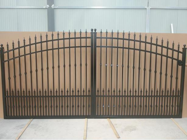 garden  Gates ,  drive way  gates  ,  Auminum  ALL ON SALE