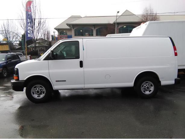 2006 GMC Savana 3500 Carpet Cleaning Cargo Van