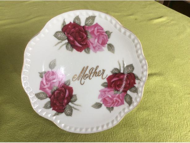 small cake stand Mother's Day