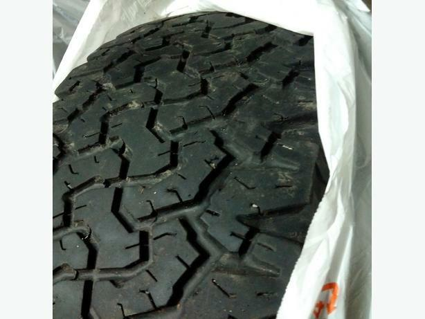 BFG 285/55/20 A/T SINGLE tire ,((SOLD)) !!