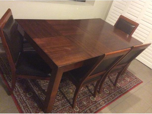 "42""x72"" Dining Table Only"
