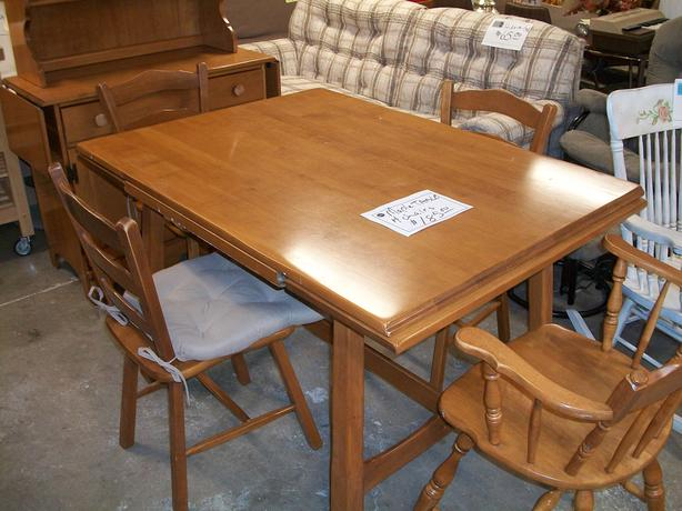Vilas Maple Table And 4 Chairs For Sale At St Vincent De Paul