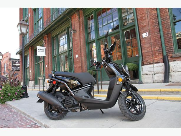 2014 Yamaha BWs 125 Scooter ** Fun and Economical **